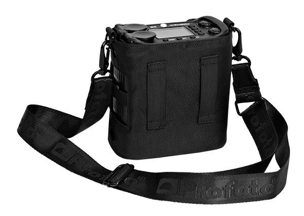 Profoto-340209-B2-Carrying-Bag-side-1-WEB