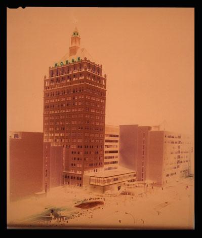 Крупноформатная камера Deardorff 8×10. 200 мм ƒ22, пленка Kodak Portra 160, выдержка 60 секунд при f/22.