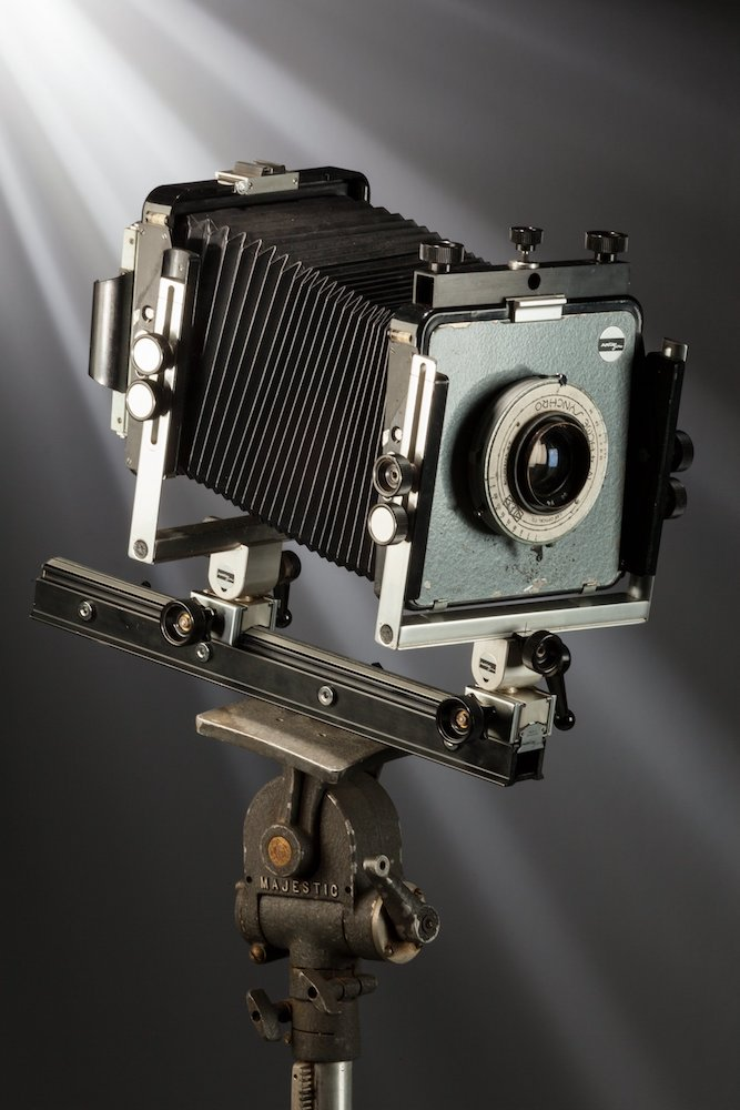 ansel-adams-arca-swiss-4x5-view-camera-outfit-used-from-1964-to-1968-1