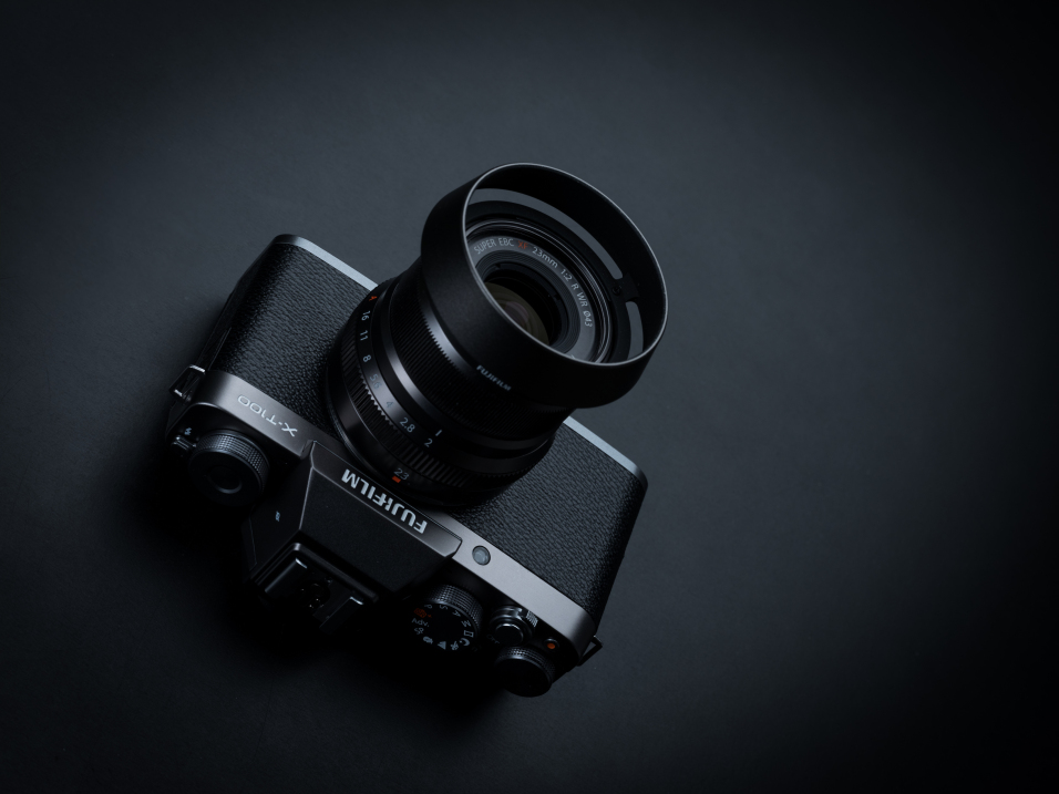 Fujifilm X-T100 press images, lens