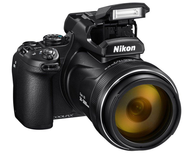 Nikon COOLPIX P1000 вспышка
