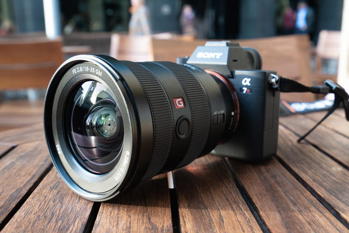Конструкция Sony FE 16-35mm GM