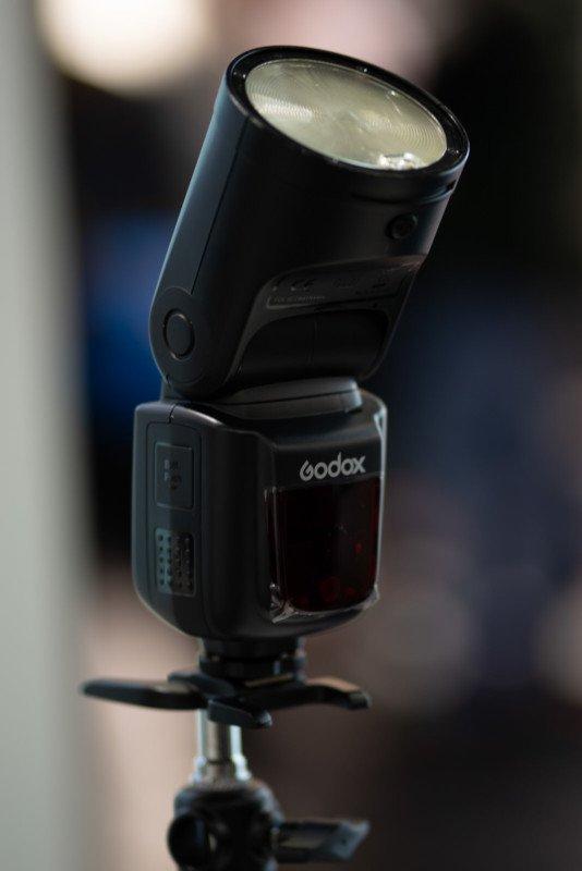 Godox выпустит вспышку - конкурента Profoto A1