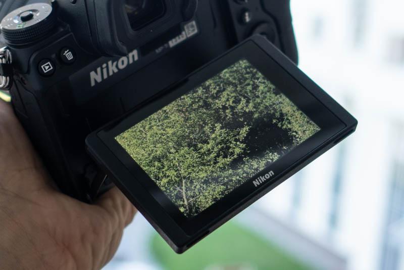 Дисплей Nikon Z7