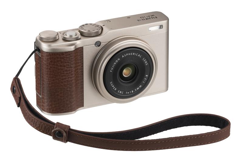 Fujifilm XF10 с ремешком
