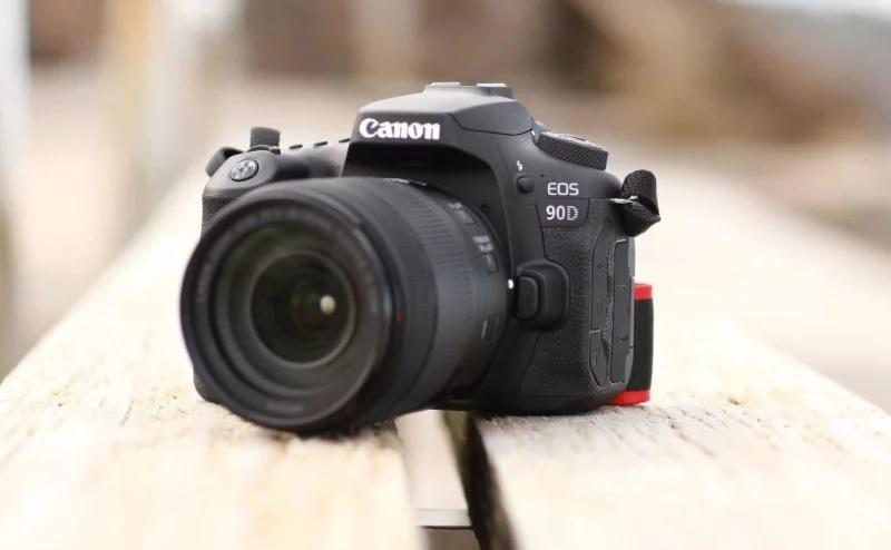 Анонс Canon 90D